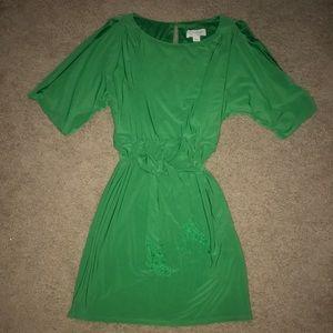 Jessica Simpson Green Slit Sleeve Cocktail Dress